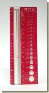 KnitPro Nadelgrößenmaßstab mit Vergrößerungsglas