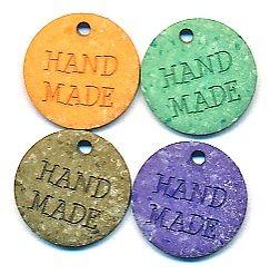 """Anhänger """"Handmade"""" aus Kunststoff, ca.18mm Ø, von Union Knopf"""