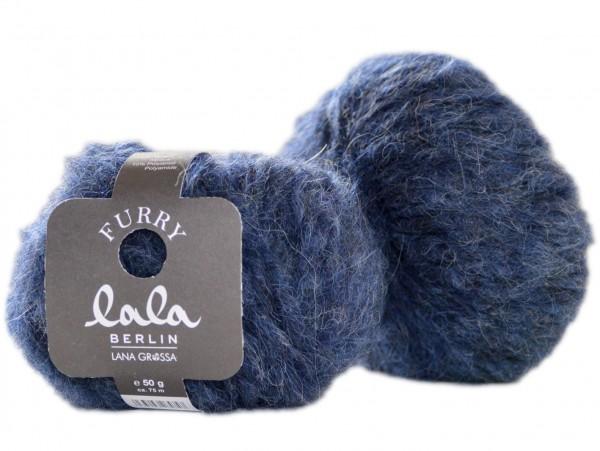 Furry lala Berlin by Lana Grossa